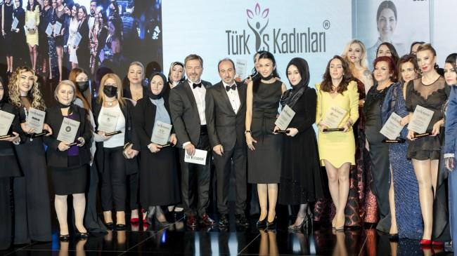 Türk İş Kadınları Plaket Töreni Çırağan Sarayı'nda Gerçekleşti