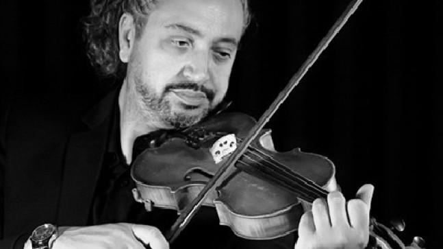Ömer Öcal'dan Evrensel Müzik  Çalışması