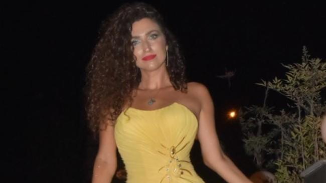 Miss and Mr Fashion tv 2021 TURKEY Gecesinde en gözde davetlilerinden biride güzel sunucu ESMA ŞENTÜRK  oldu..