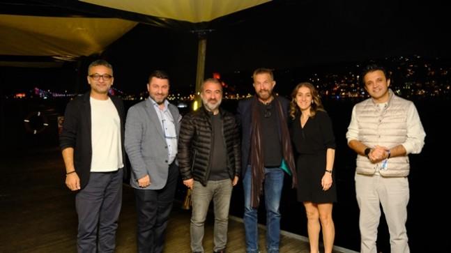 """Dünyaca Ünlü Yönetmen Bobby Roth """"İlk Türk Süper Kahraman Evreni"""" için Türkiye'de!"""